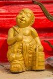 Zwolennicy Buddha wizerunku tajlandzki styl przy Wata Mai Kham Bladą świątynią, Zdjęcie Stock