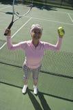 Zwycięski Starszy Żeński gracz w tenisa Fotografia Royalty Free