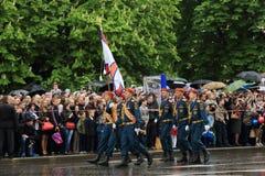 Zwycięstwo parada w Donetsk Militarna parada dedykująca 70th Zdjęcie Royalty Free