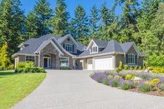 Zwyczaj - budujący dom zdjęcie royalty free