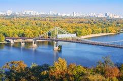 Zwyczajny most przez Zaporoską rzekę obrazy royalty free