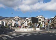 zwyczajny skrzyżowanie jako drogowy złącze w Funchal Madeira zdjęcie royalty free