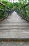 Zwyczajny zawieszenia Footbridge Fotografia Stock