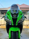 Zx10r stock photography