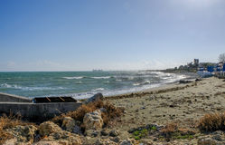 Zygi, Chipre, una opinión de la playa Imagen de archivo libre de regalías