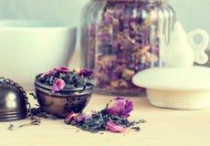 Zylinder für Tee, Retro- stockbilder
