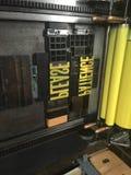 Zylinder-Presse mit Beweglichem, Metallart zugeschlossen in eine Verfolgung Stockfoto