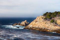 Zypern-Bucht an Punkt-Lobos-Park Lizenzfreie Stockbilder