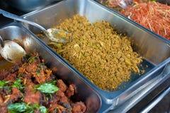 Zyskuje przychylność tajlandzkiego sreet jedzenie Fotografia Royalty Free