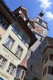 Zytturm clocktower在Zug 库存图片