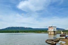 Zyuratkul mountaneous lake with  Zyuratkul ridge on the background in Southern Urals, Russia Stock Photography