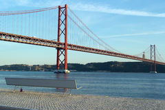 25ème April Bridge, Lisbonne, Portugal Photo stock