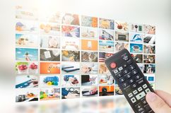 Émission visuelle de télévision de mur de multimédia Images stock