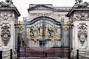 London, United Kingdom: Main gate of Buckingham Palace