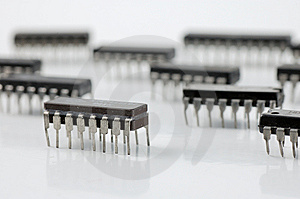 Integrated circuit microchip