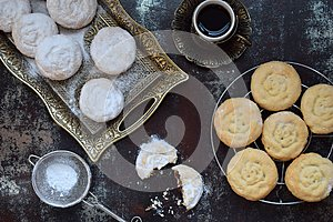 Sesame shortbread with date stuffing. Middle Eastern cookies. Eid and Ramadan Dates Sweets. Kahk. Arabian cuisine. Copy Space