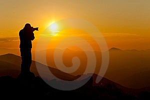 Photographing sunset in the mountains