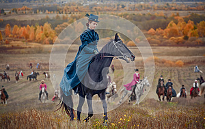 Lady on Horse-hunting