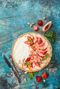 Delicious Tart With Peaches And Strawberries Stock Images - 101989514