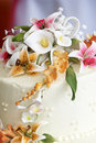 Beautiful Flowers On Top Of A Wedding Cake Royalty Free Stock Photos - 1221178