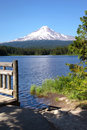 Trillium Lake And Mt. Hood, Oregon. Stock Photo - 20609250