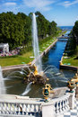 Fountain And Golden Statues In Peterhof Royalty Free Stock Image - 25290266