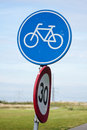 Bicycle Sign Stock Photo - 25338130