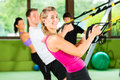 Fitness - Leute Beim Suspension Training Stock Photos - 26622483
