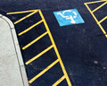 Handicapped Parking Sign Stock Photos - 28413863
