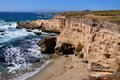 Small Unspoilt Beach And Cliff In California Central Coast Royalty Free Stock Photo - 31547685