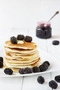 Pancakes With Blackberry Royalty Free Stock Images - 31986319