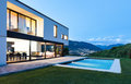 Modern Villa With Pool Royalty Free Stock Photos - 32028198