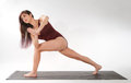 Lunge Twist Pose Royalty Free Stock Images - 33113739