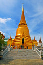 Thai Stupa Royalty Free Stock Photo - 3446045