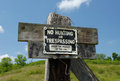 No Hunting Or Trespassing Royalty Free Stock Images - 37762959