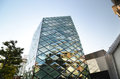 Rhomboid-grid Glass Building In Tokyo Royalty Free Stock Photography - 40181207