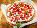 Freshly Baked Strawberry And Banana Flan Stock Photography - 40667342