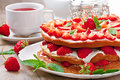 Summer Strawberry Cake Stock Images - 41277354