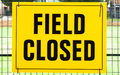 FIELD CLOSED Sign Attached To A Fence Stock Image - 42722011