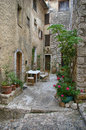 Saint-Paul-de-Vence: Cozy Street In The Medieval French Town Stock Photos - 44075553