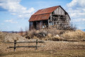 Old Abandoned Barn Stock Images - 44423934