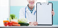 Nutritionist Doctor Stock Photos - 44561903