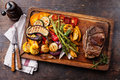 Club Beef Steak And Grilled Vegetables Stock Photography - 44941812