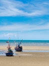 Old Fishing Boat Stranded On A Beach In Sunny Day, Thailand Royalty Free Stock Images - 46920499