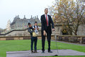 London: World S Tallest Man And Shortest Man Meet On Guinness World Record Royalty Free Stock Images - 47302929