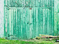 Green Barn Door Stock Photo - 58383060