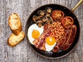 Rustic Full English Breakfast Royalty Free Stock Photos - 59081298