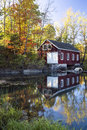 Shed Reflection In Pond Royalty Free Stock Photo - 60459205