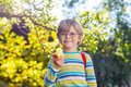 Little Kid Boy With Apple On Way To School Royalty Free Stock Images - 62691299