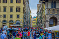 FLORENCE, ITALY - JUNE 12, 2015: Crowded Square On Florence, All Tourists Walking Around Trying To Visit This Nice City Royalty Free Stock Images - 71110319
